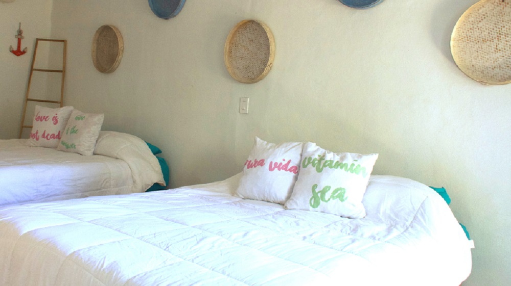 Private Room - La Oveja Negra Hostel & Surf Camp Tamarindo
