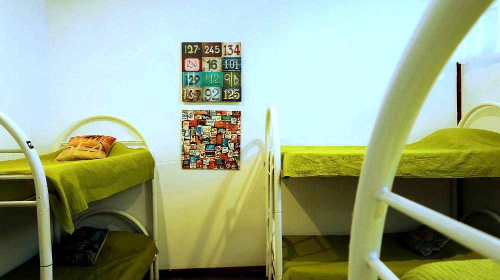 6 Person Dorm - La Oveja Negra Hostel & Surf Camp Tamarindo