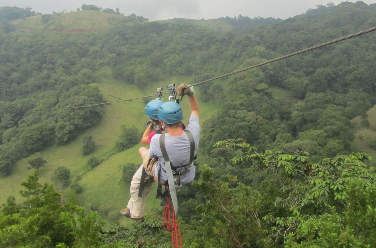 Monteverde Cloud Forest Zipline Tour - La Oveja Negra Tamarindo Tours