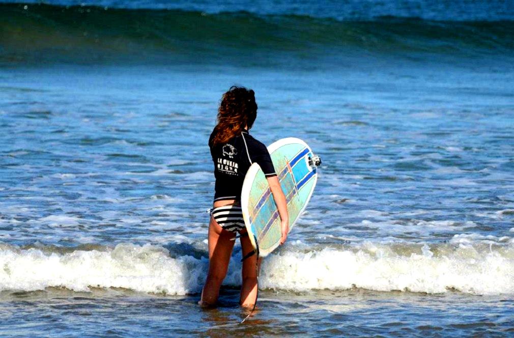 Tamarindo Surf Camp - La Oveja Negra Tamarindo Surf Camp