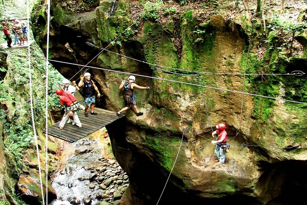 Guachipelin Adventure Combo - La Oveja Negra Tamarindo Tours