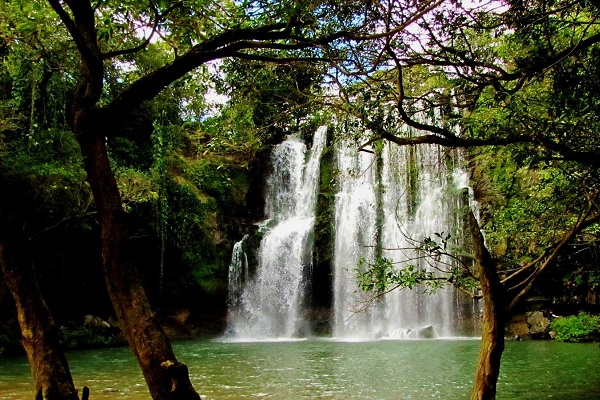 Llanos de Cortez - Rio Celeste Tour - La Oveja Negra Tamarindo - Tamarindo Tours